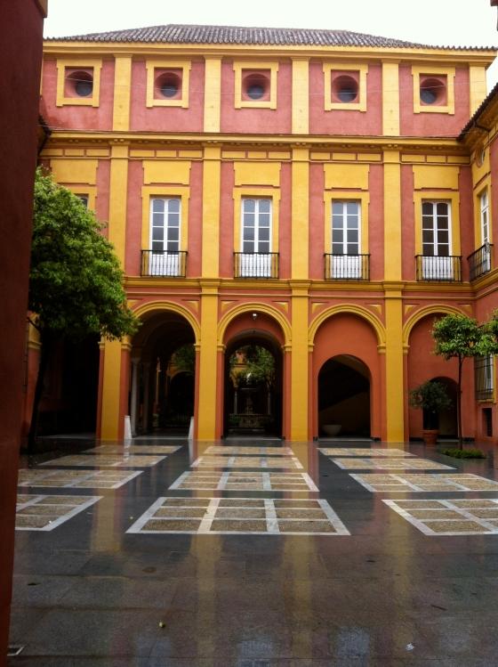 Cour à Séville