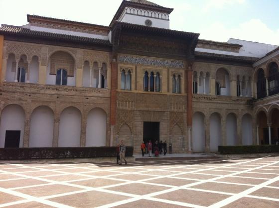 Cour du Real Alcazar à Séville