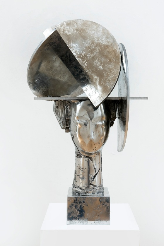 Valdes, Georgia plateada, 2010, aluminum, edition de 9, 89 x 52 x 48 cm