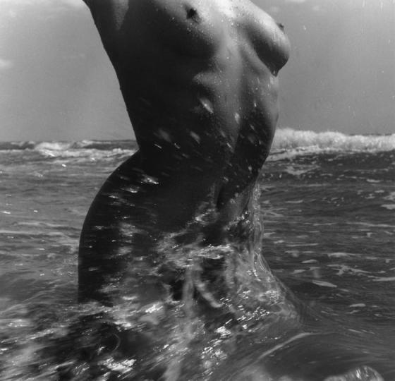 Nu de la mer, les saintes-Marie-de-la-mer, 1957, Lucien Clergue